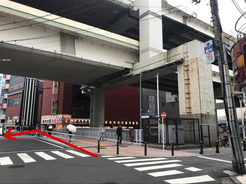 SBC横浜院までのルート。橋を渡って左折